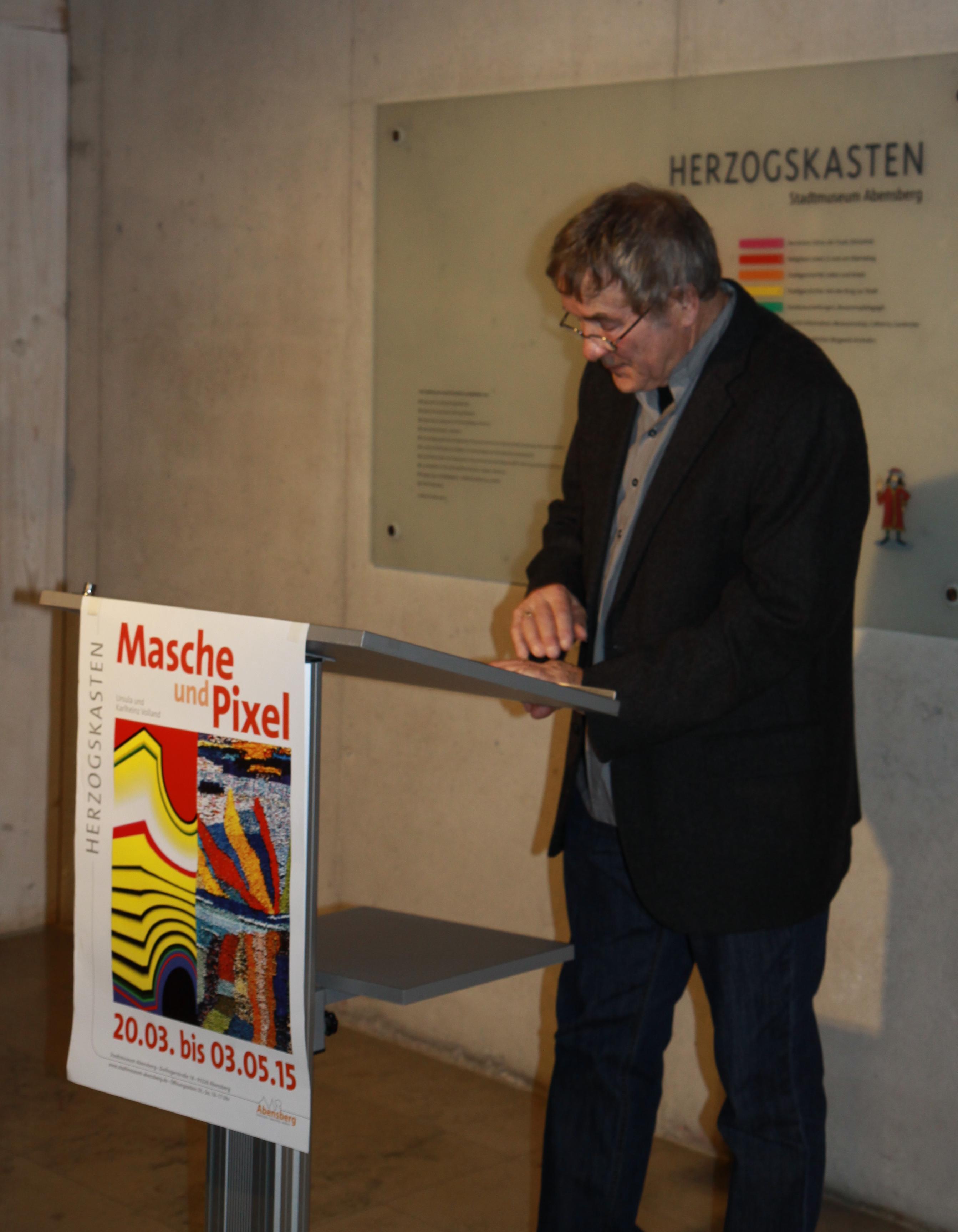 Prof. Karlheinz Volland dankt der Stadt Abensberg.