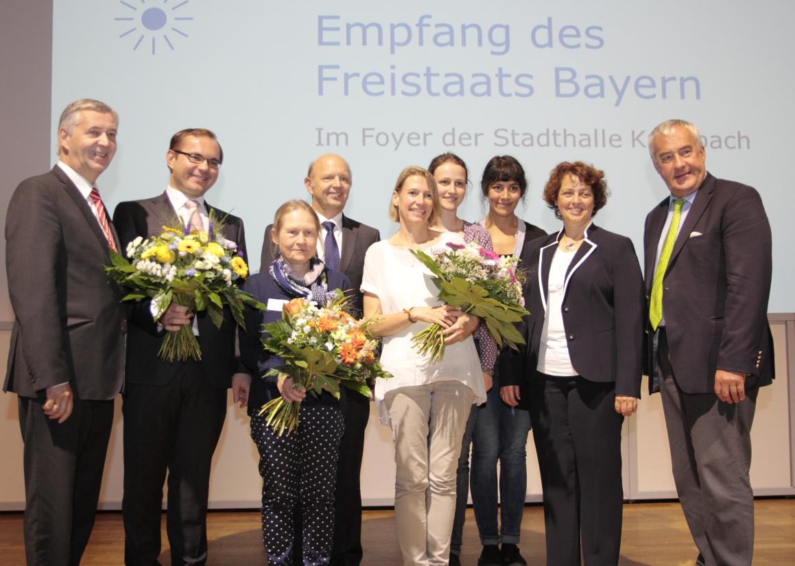 Alle Preisträger mit Staatsminister Dr. Ludwig Spaenle (Foto: Landesstelle für die nichtstaatlichen Museen / Vivi D'Angelo)